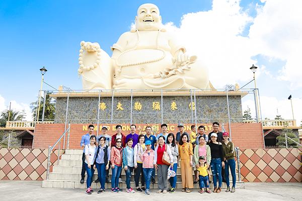 Chùa Vĩnh Tràng có nhiều bức tượng Phật đặc sắc được làm bằng gỗ, đồng, đất nung...
